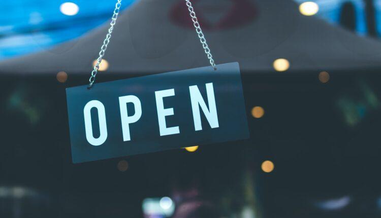 open-store-artem-beliaikin-1036857.jpg