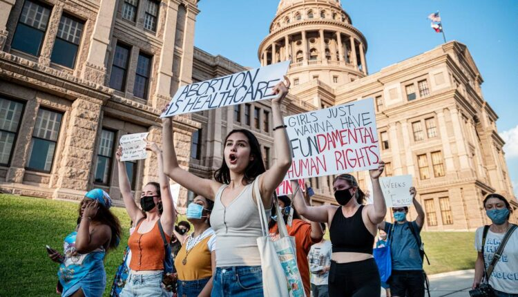 210903081453-texas-abortion-bill-protesters-austin-0901-restricted-super-tease.jpg