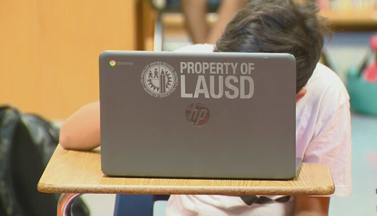 lausd-remote-learning-chromebook.jpg